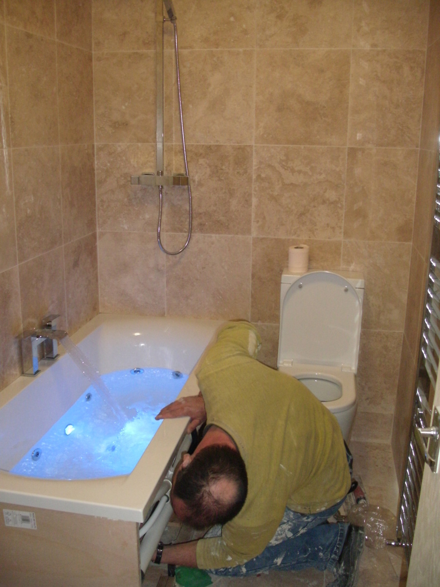Bathroom fitters in south london peckham se5 bathroom for Bathroom refitters